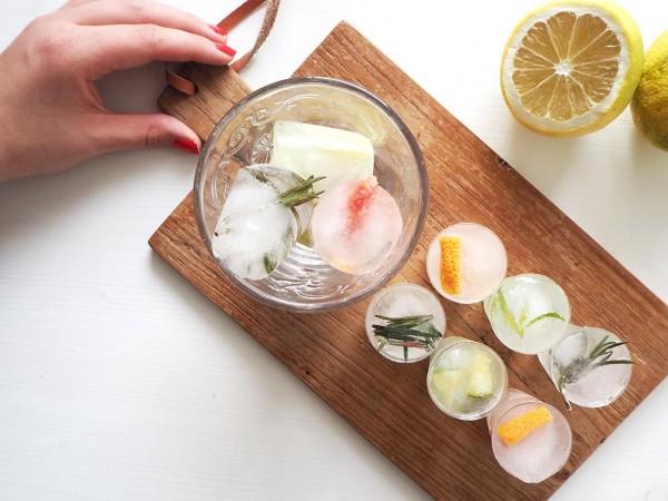 Eiswuerfel-selbermachen-f-r-Gin-Tonic
